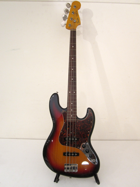 Fender - Jazz Bass(64年)